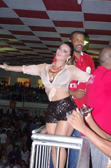 Viviane Araújo no Salgueiro (Foto: Igor Gonçalves/Divulgação)