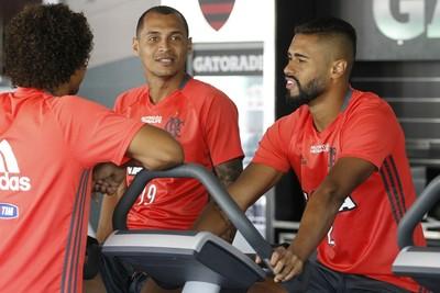 Alan Patrick, Kayke, treino, Ninho, Flamengo (Foto: Gilvan de Souza/Fla Imagem)