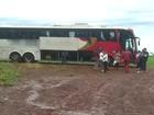 Criminosos roubam mais de R$ 100 mil de passageiros de ônibus no PR