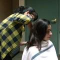 Lutadora do Invicta FC corta cabelo para bater peso (Reprodução/Youtube)