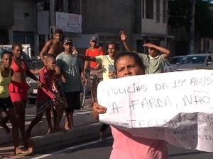 Troca de tiros no local motivou manifestação (Foto: Reprodução/TV Bahia)