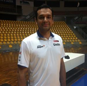 ze ricardo uberlândia nbb 2014 basquete (Foto: Gullit Pacielle)