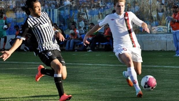 Heracles no jogo do Atlético-PR contra o Ceará (Foto: Divulgação/Site oficial do Atlético-PR)