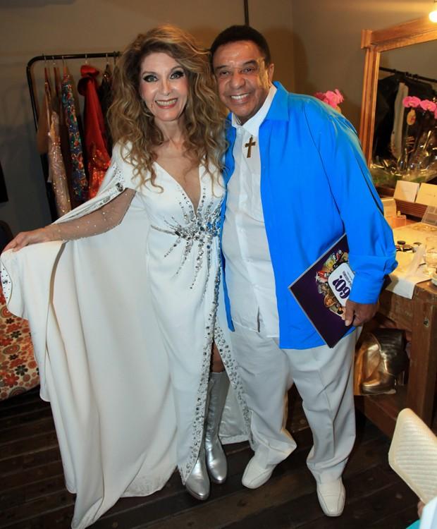 Wanderléa recebe Agnaldo Timóteo no camarim (Foto: Manuela Scarpa e Marcos Ribas/Brazil News)