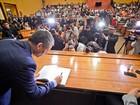 Vereador investigado toma posse na presidência da Câmara da capital