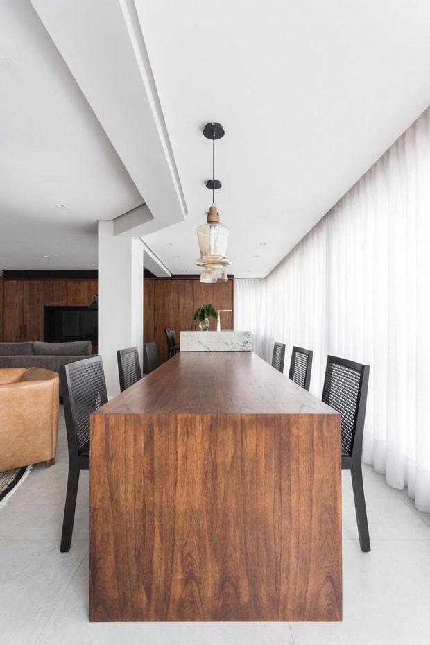 Reforma atualiza decoração de apartamento (Foto: Marcelo Donadussi / divulgação)