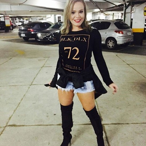 Ex-BBB Paulinha usa look curto para badalar em São Paulo (Foto: Instagram/ Reprodução)