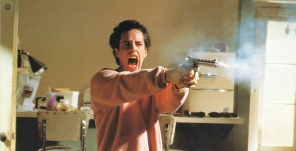 A atriz Alexis Arquette em cena de 'Pulp Fiction' (1994) (Foto: Reprodução)