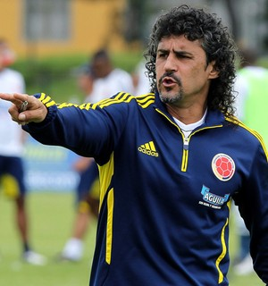 Leonel Alvarez ex-treinador da Colômbia (Foto: Agência EFE)