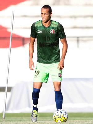 Derley Santa Cruz (Foto: Marlon Costa/ Pernambuco Press)