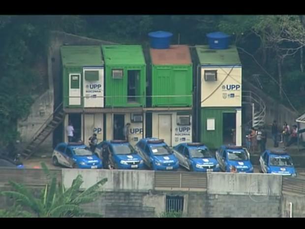 Polícia Federal faz operação e prende PMs da UPP na Favela da Rocinha (Foto: Reprodução/Globo)