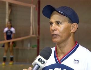 Técnico Zico  (Foto: Reprodução/TV Anhanguera)