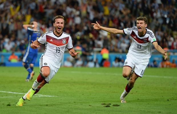 Mario Götze comemora o gol da vitória alemã na final da Copa do Mundo (Foto: Jamie McDonald/Getty Images)