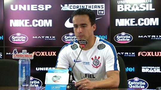 """Jadson traça meta do Corinthians em Dérbi: """"Aumentar a distância"""""""