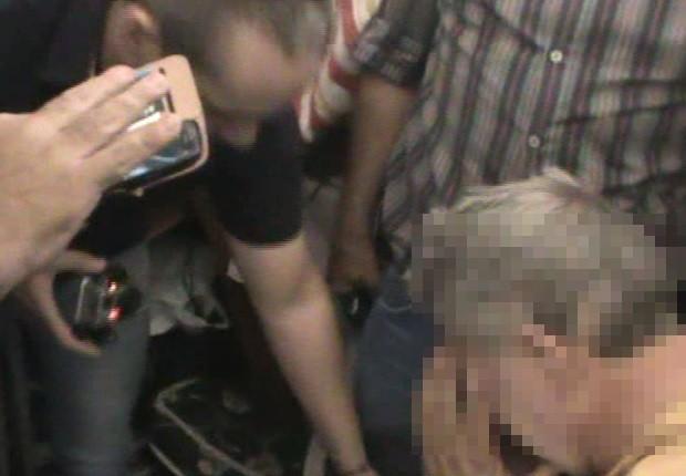 Fazendeiro foi amparado por homens do Grupo Anti-Sequestro (Foto: Reprodução / TV TEM)