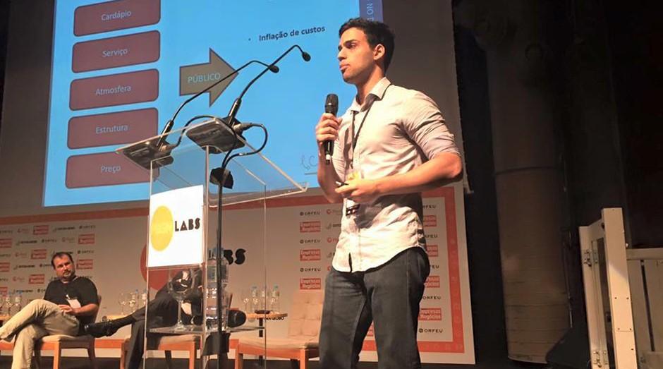 Leo Henry, do restaurante La Casserole, durante o PEGN Labs (Foto: Adriano Lira)