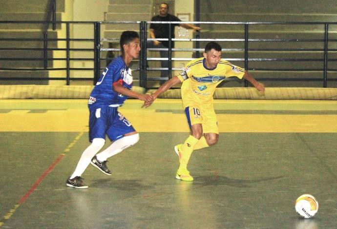 Constelação saiu na frente e vitória escapou nos segundos finais da partida (Foto: Imagem/Tércio Neto)