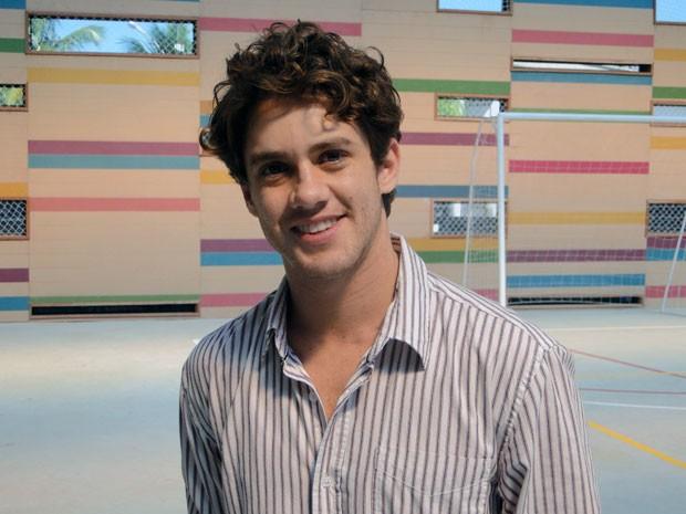 Leonardo Miggiorin estudou até física quântica para compor o personagem (Foto: Malhação / TV Globo)