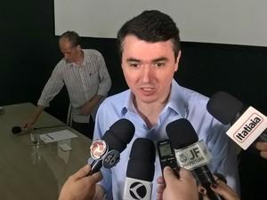 coletiva prefeito reeleito de Juiz de Fora Bruno Siqueira (Foto: Roberta Oliveira/G1)