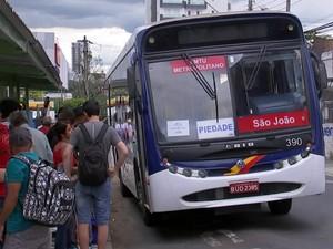 Greve afeta linhas que saem de Sorocaba para cidades da região (Foto: Reprodução / TV TEM)