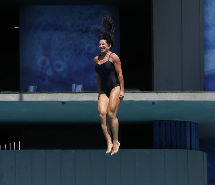 Scheila Carvalho mostra coxas supersaradas durante salto! Uau! (Foto: Ellen Soares/Gshow)