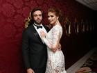 Amanda Gontijo aposta em vestido transparente em noite com namorado