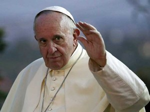 O papa Francisco parte para a República Centro-Africana, última etapa de sua viagem à África (Foto: Stefano Rellandini / Reuters)