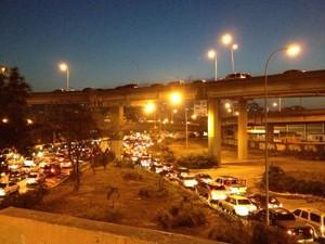 Estradas do país também estão congestionadas (Foto: Leo Campos)