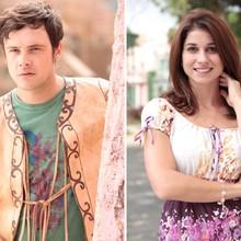 Sergio Guizé e Chandelly Braz comemoram parceria (TV Globo/Saramandaia)