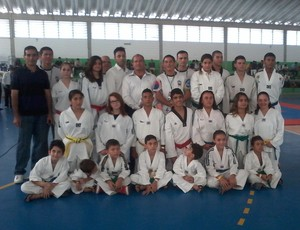 taekwondo santa isabel paulista (Foto: Arquivo Pessoal)