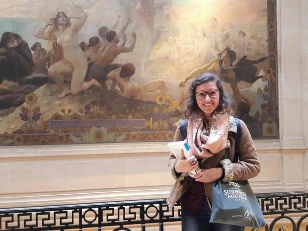 Camila Cesar na Université Sorbonne Nouvelle, em Paris (Foto: Arquivo Pessoal)