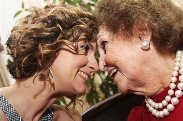 Micaela Góes e a avó (Foto: Divulgação)
