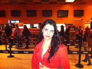 A universitária Clara Helena de Paula, 21, na pré-estreia de 'Amanhecer - Parte 2' em São Paulo (Foto: Cauê Muraro/G1)
