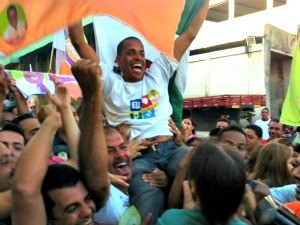 Juninho é eleito em Cariacica (Foto: Rodrigo Rezende/ G1 ES)