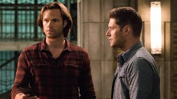Jared Padalecki e Jensen Ackles em cena de Supernatural (Foto: Reprodução)