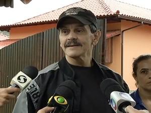 Roberto Jefferson permanece em sua casa de campo, em Comendador Levy Gasparian (Foto: Reprodução/TV Rio Sul)