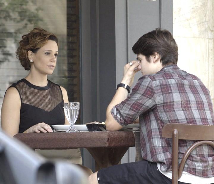 Será que Rodrigo vai aceitar o pedido de Ana? (Foto: TV Globo)