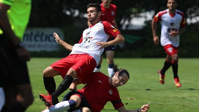 Boschilia, do São Paulo, durante jogo-treino contra Estados Unidos (Foto: Rubens Chiri / saopaulofc.net)
