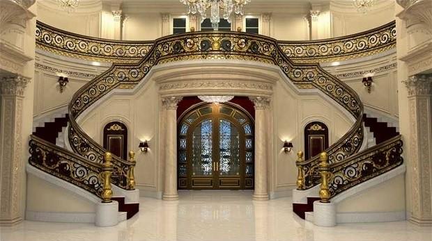 Só a escadaria de mármore é avaliada em US$ 2 milhões (mais de R$ 4,6 milhões) (Foto: Divulgação/Coldwell Banker Residential Real State)