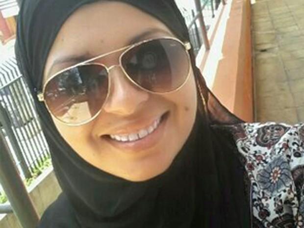 Charlyane Silva de Souza se converteu ao islamismo em 2014 (Foto: Charlyane Silva de Souza/Arquivo Pessoal)