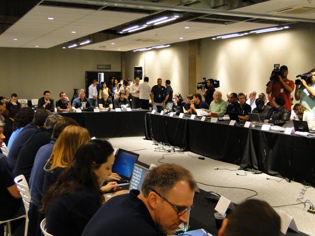 Reunião com membros do COI, Fifa e Secopa nesta terça-feira (12), no Mineirão. (Foto: Pedro Triginelli/G1)