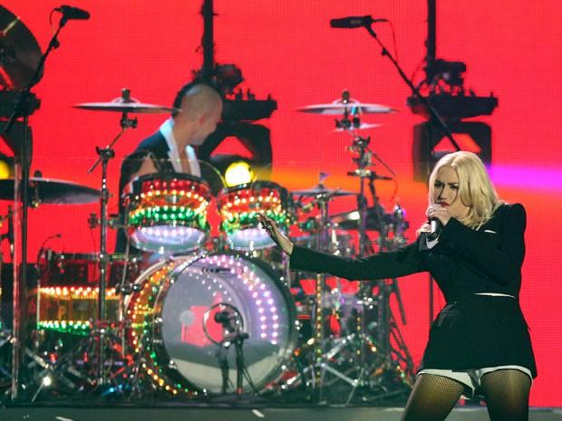 Gwen Stefani, cantora do No Doubt, durante apresentação da banda no MTV Europe Music Awards, em 11 de novembro de 2012  (Foto: Daniel Roland/AFP)