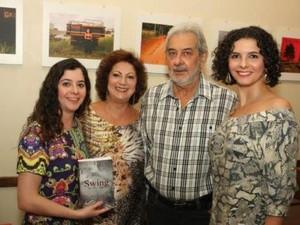 Maria Silvério durante lançamento do livro em Belo Horizonte. (Foto: Tião Mourão)