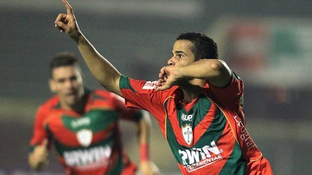 Bruno Mineiro, Portuguesa x Coritiba (Foto: Moises Nascimento / Agência Estado)