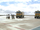 Demonstração de combate a incêndio é feita no Aeroporto de Petrolina, PE