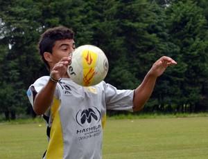 O atacante Michel, do Clube Atlético Joseense (Foto: Danilo Sardinha/Globoesporte.com)