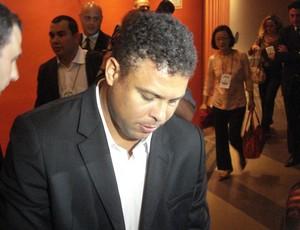 Ronaldo, membro do Conselho de Administração do Comitê Organizador Local (COL) (Foto: Fernando Freire/GLOBOESPORTE.COM)