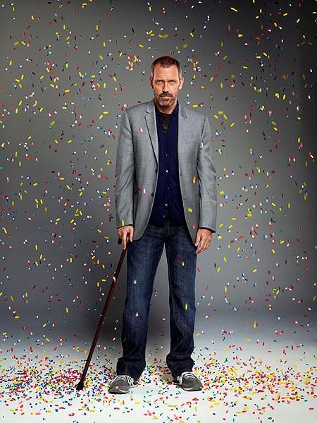 Interpretado por Hugh Laurie, Gregory House é um Sherlock Holmes da medicina: especialista diagnóticos impossíveis. A bengala, os tênis e a ausência de jaleco são suas marcas registradas. (Foto: Divulgação)
