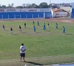 Osvaldo Cruz recebeu o Palmeiras no sub-11 e ficou no empate em 0 a 0 (Foto: Adriano Venturoso / Cedida)