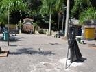 Boxes de doces devem voltar à Praça da Biquinha em São Vicente, SP